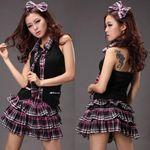 ピンク×黒チェックのアイドル制服